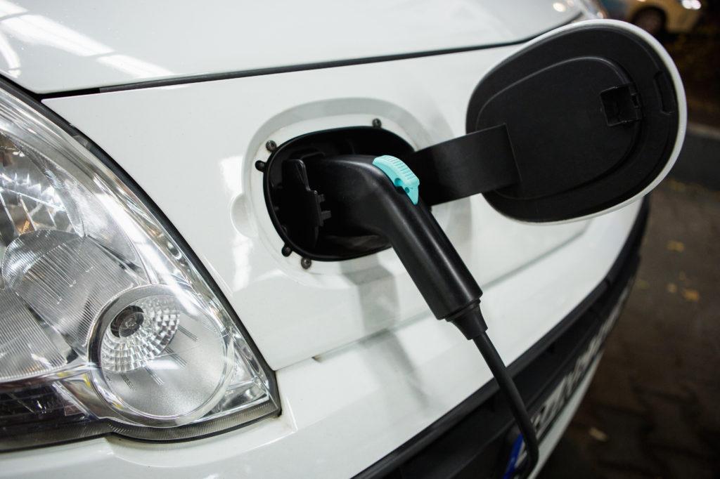 coche eléctrico imagen texto 1 1 3 1024x682 - 5 consejos para optimizar la batería de tu coche eléctrico