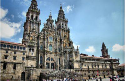 Santiago compostela 400x260 - Aparcar gratis en Santiago de Compostela