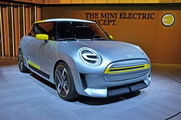 coche electrico 3 - Los 10 mejores coches eléctricos de 2020
