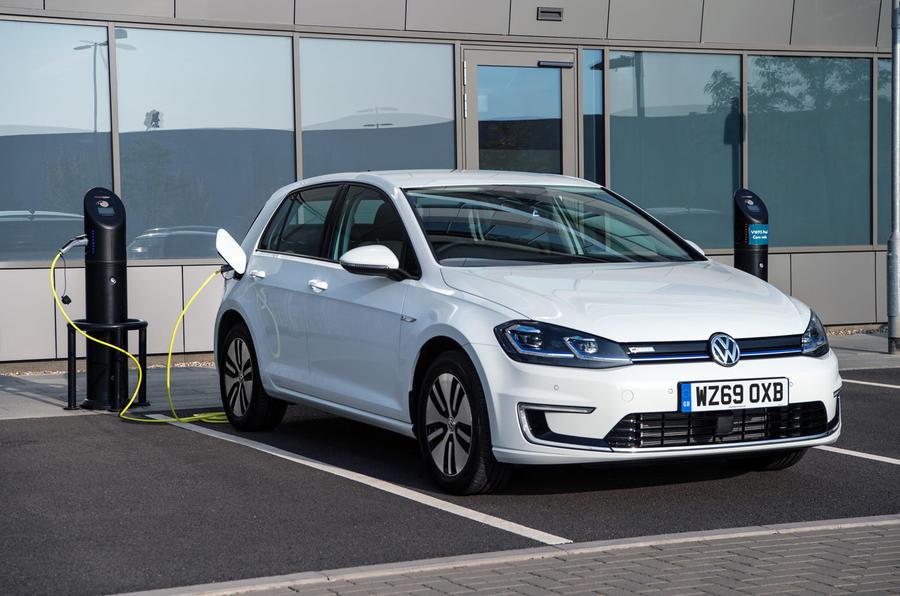 coche electrico 4 1 - Los 10 mejores coches eléctricos de 2020