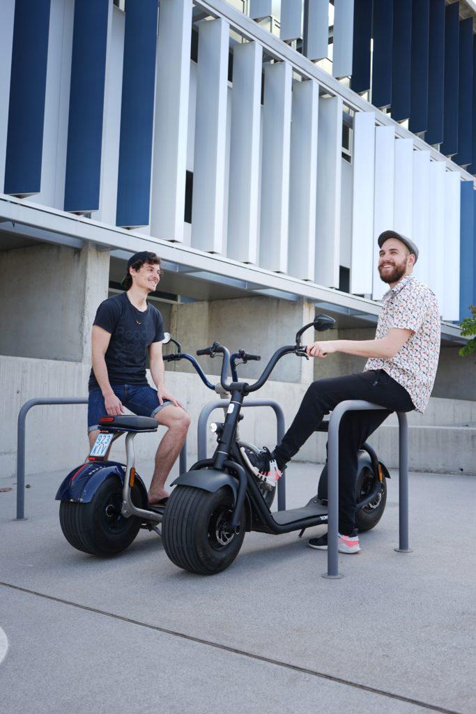 kumpan electric LVEoyJBSQUI unsplash 1 683x1024 - Las ayudas que se pueden pedir para comprar bicis y patinetes eléctricos