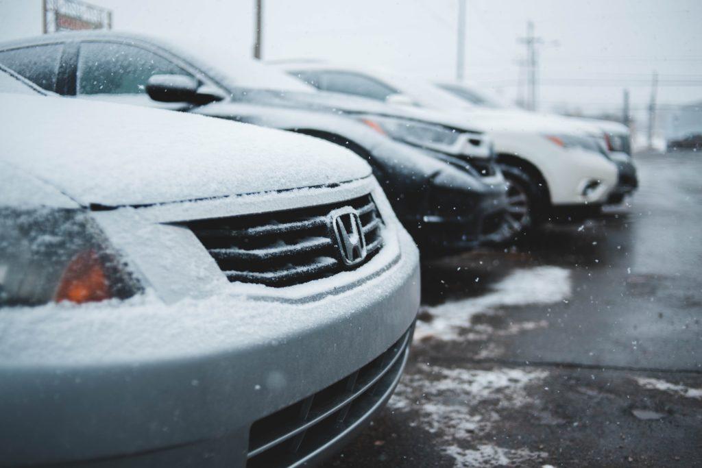 coche invierno 2 1024x683 - Cómo preparar tu coche para el invierno con estos 5 consejos
