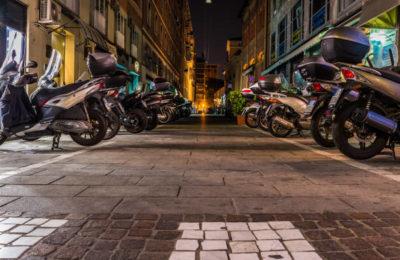 aparcamiento motos madrid