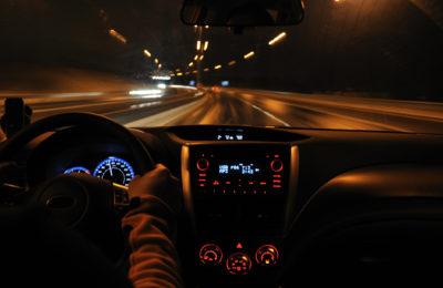 conducir de noche 400x260 - Consejos para conducir de noche